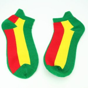 ถุงเท้าสไตล์ RASTA-REGGAE สีเขียว แถบแดงและเหลือง
